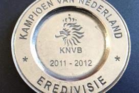Ajax-fans vieren titel in centrum in 'goede sfeer