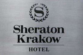 Oranje arriveert in Sheraton hotel Krakau (video)