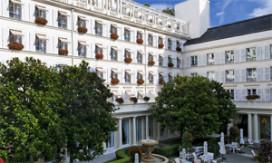 Zlatan Ibrahimovic wil hotel kopen