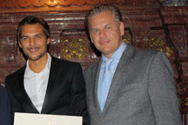 Jonathan Zandbergen wint Prix Taittinger