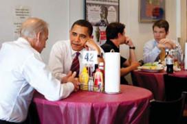 Amerikanen eten liever hamburger met Obama dan met Romney