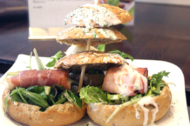 Brasserie 't Stief Kwartierke wint wedstrijd Lekkerste Lunchroombroodje