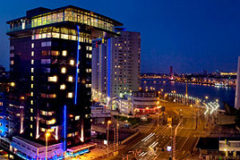 Jarig Inntel Hotels schenkt 30.000 euro aan goed doel