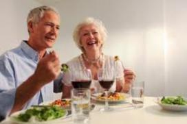 Ouderen willen extra betalen voor maaltijd