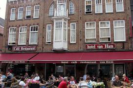 Honderd jaar oud hotel gered