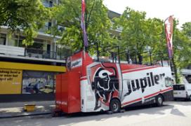 Next Leiden heeft primeur met Jupiler-bus
