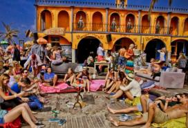 Nieuwe Revu: Woodstock69 beste strandtent van Nederland