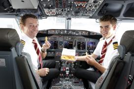 Corendon verkoopt frites in vliegtuig