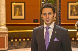 Remo Dekker maître d'hotel Des Indes