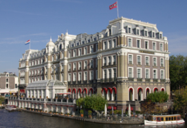 Vastgoed Amstel hotel verkocht aan Qatarees hotelfonds