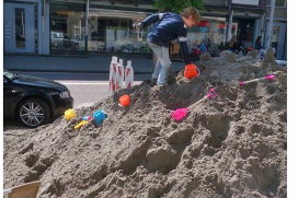 Terras Verhage Overschie grote zandbak