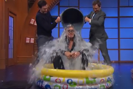 Video's ALS Ice Bucket Challenge veel te jolig