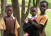 Cafetariahulp bouwt leslokaal in Ghana