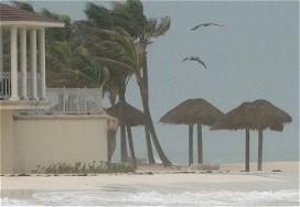 Hotelschade door krachtige orkaan valt mee