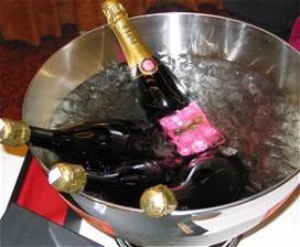 Verkoop champagne in Nederland spuit omhoog