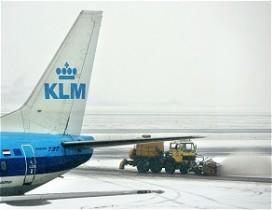 Sneeuw op landingsbaan goudmijn voor Hilton