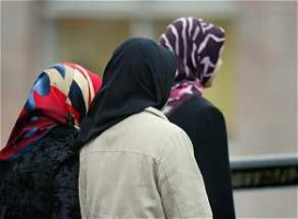 Haagsche Lounge mag hoofddoek niet weigeren