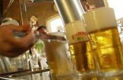 Chris Uythoven wint biertapwedstrijd