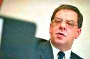 Oud-bestuurslid IJsfrica Ad van der Zouw overleden