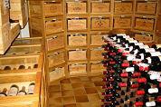 Megaopbrengst wijnveiling deels naar AIDS-fonds