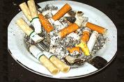 Cafébaas creatief om rookverbod heen