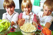 Britse scholieren moeten zelf koken
