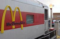 McDonald's in zee met Indiase spoorwegen