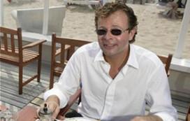 Chris Luken verkoopt vastgoed van Fletcher