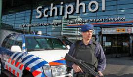 Drugs en paspoorten verstopt in hotel Schiphol