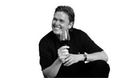 Zweedse topsommelier bij wijnproeverij