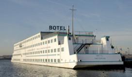Amstel Botel-baas Zwarte Zakenvrouw 2008