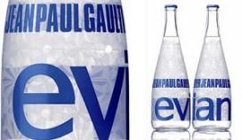 JP Gaultier ontwerpt nieuwe Evian-fles