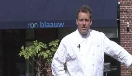 Ron Blaauw kookt op benefietavond Rode Kruis