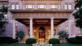 Obama verruilt hotel voor Witte Huis