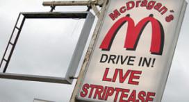 McDonald's klaagt stripclub aan