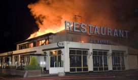 Wegrestaurant De Geffense Barrière door brand verwoest