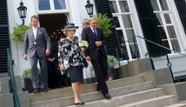 De Zon ontvangt Koningin Beatrix