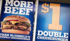 Double cheeseburger voor een dollar