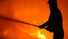 Grote brand in leegstaand partycentrum