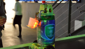 Britten bedenken tappende bierrobot