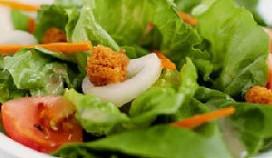 Afwasser beboet voor eigen stront in salade