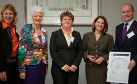 Eden tekent voor meer vrouwen aan de top