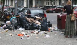 Imagoschade Amsterdam door afvalbergen