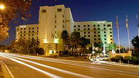 Extra hotelovernachting kost Oranje 35.000 euro