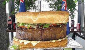 's Werelds zwaarste hamburger weegt 95,5 kg