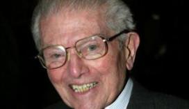 Britse eetgoeroe Egon Ronay overleden