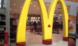 Daklozen gedupeerd na prijsverhogen McDonald's