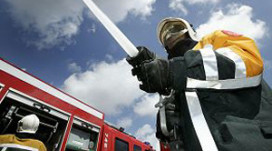 Hotelhulp zwaargewond bij brand
