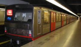 Metro's stil na schietincident café Amsterdam