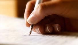 Cateraars tekenen verklaring geletterdheid